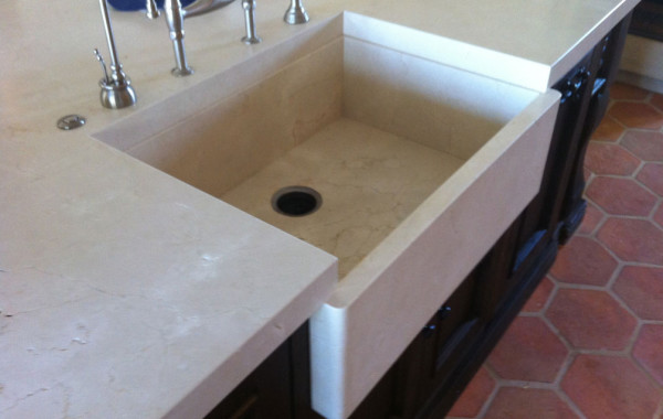 Custom/integrated sinks